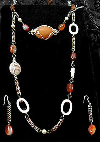 agate and pearls long dbl necklace and earrings