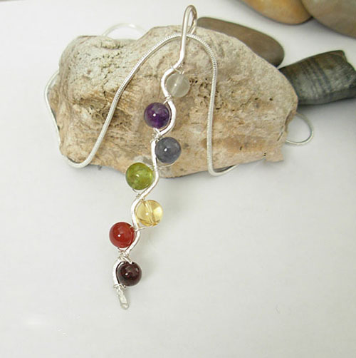 images/balancing 7 stontes chakra argentium sterling silver002.jpg