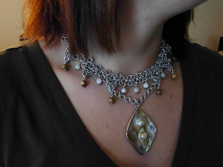 pearl jasper pendant necklace