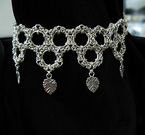 images/silver circles byzantine choker with leaves.jpg
